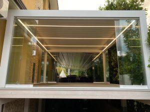 vetrata panoramica scorrevole esterni