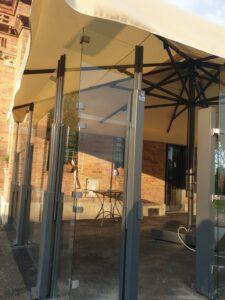 barriera frangivento terrazza ristorante